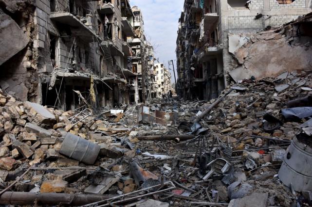 À Alep, l'armée syrienne a repris le contrôle... (AFP, George Ourfalian)