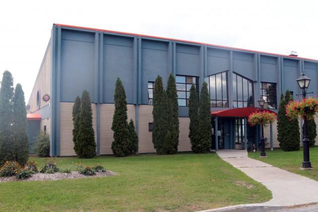 L'actuel pavillon de la marina d'Aylmer...
