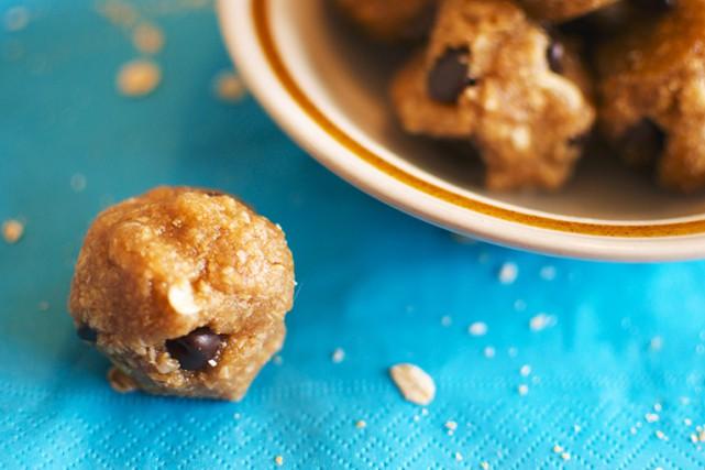 Les bouchées à la pâte de biscuits crue... (Photo fournie par Alexandra Leduc)
