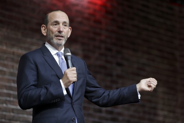 Le commissaire de la MLS, Don Garber.... (Photo Jeff Roberson, archives AP)