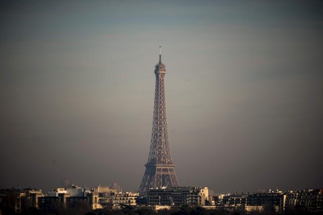 À l'origine de cette brume toxique, les émissions... (AFP)