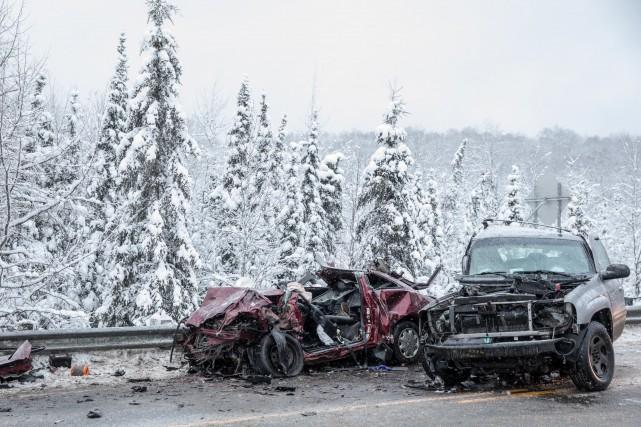 L'état des véhicules témoigne de la violence de... (Collaboration spéciale, Steve Jolicoeur)