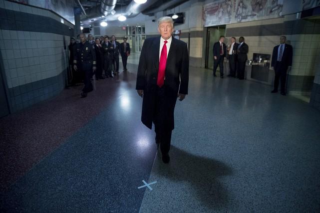Le futur président des États-Unis s'est rendu jeudi... (AP, Andrew Harnik)