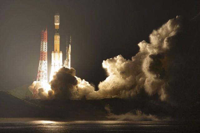 Le vaisseau appeléKounotori6(cigogne), a été lancé de l'île... (photo Ryosuke Uematsu, Kyodo News/AP)