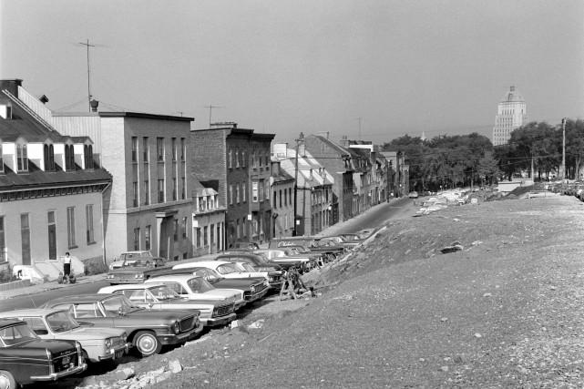 Vue des maisons qui se trouvaient sur la... (Collection Jocelyn Paquet, Les Archives du photographe)