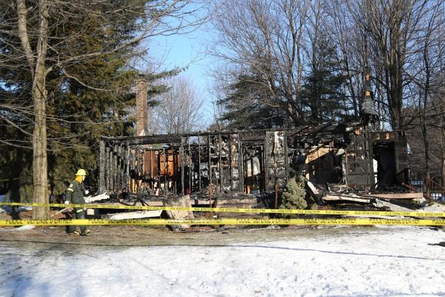 Une personne a perdu la vie dans l'incendie... (Julie Catudal)