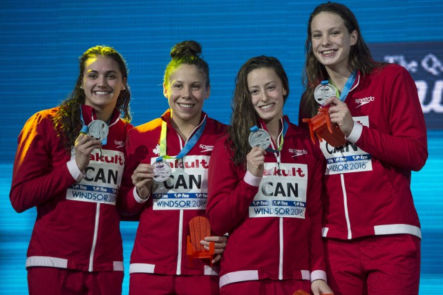 Kylie Masse, Rachel Nicol, Katerine Savard et Penny... (La Presse canadienne, Paul Chiasson)
