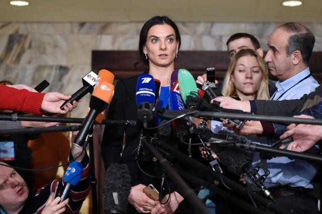 L'ancienne perchiste Yelena Isinbayeva, double championne olympique, est... (Photo Alexander Nemenov, AFP)