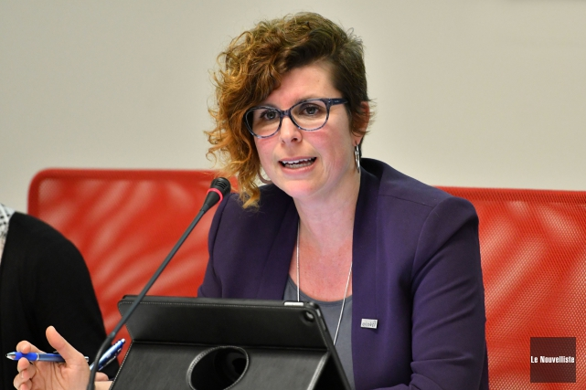 La mairesse de Nicolet, Geneviève Dubois, a présenté... (Stéphane Lessard, Le Nouvelliste)