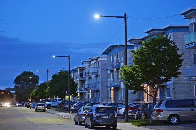 L'été dernier, environ 2700 ampoules DEL sur un... (Phothothèque Le Soleil, Erick Labbé)