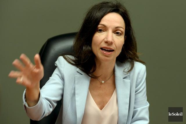La députée du Parti québécois de Vachon, Martine Ouellet, est une femme de... (Archives, Le Soleil)