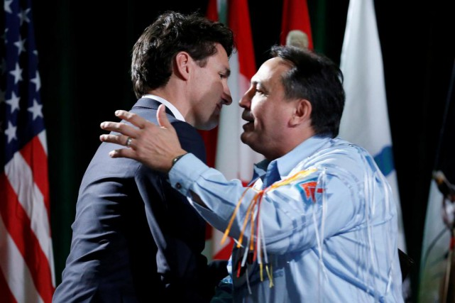 Le premier ministre Justin Trudeau et le chef... (photo Chris Wattie, archives reuters)