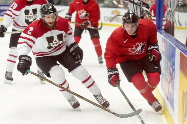 Kendall McFaull (étoiles universitaires) etSam Steel (Équipe Canada... (Photo Ryan Remiorz, PC)