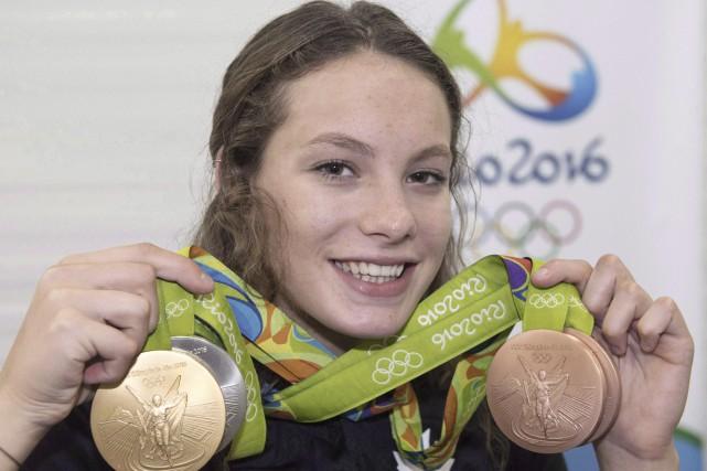 La nageuse canadienne Penny Oleksiak aremporté quatre médailles... (archives La Presse canadienne)