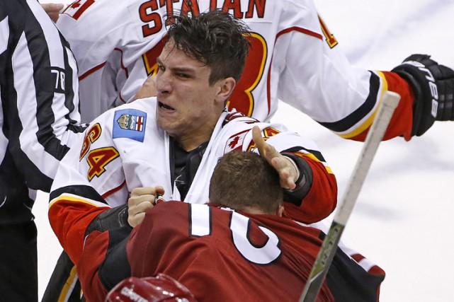 Max Domi (en rouge) s'est blessé lors d'un... (AP)