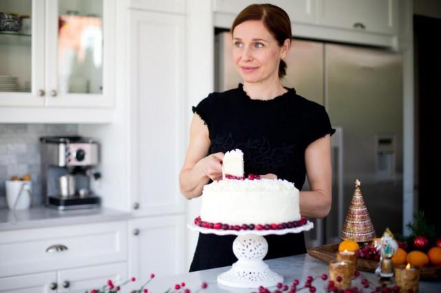 La comédienne Lynda Johnson compte servir un gâteau... (PHOTO SARAH MONGEAU-BIRKETT, LAPRESSE)