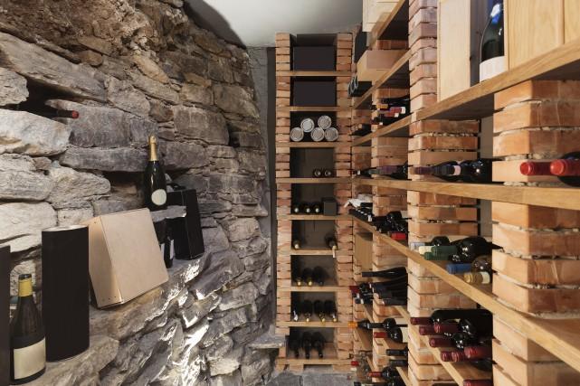 Les amateurs et collectionneurs de vin sont de... (123RF, Alexandre Zveiger)