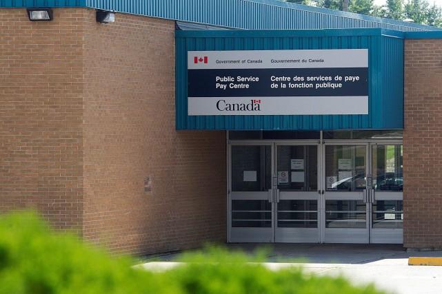 Les équipes à Miramichi et dans les bureaux... (Archives La Presse canadienne)