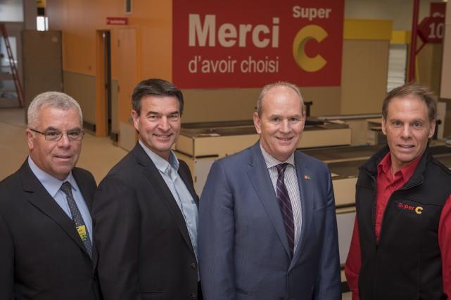 Le supermarché Super C situé au Carrefour de... (Spectre Média, André Vuillemin)