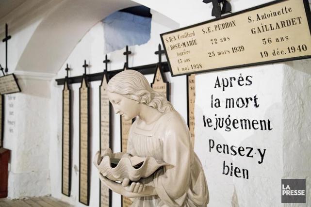 La crypte ducouvent des Religieuses Hospitalières de Saint-Joseph.... (PHOTO ALAIN ROBERGE, LA PRESSE)