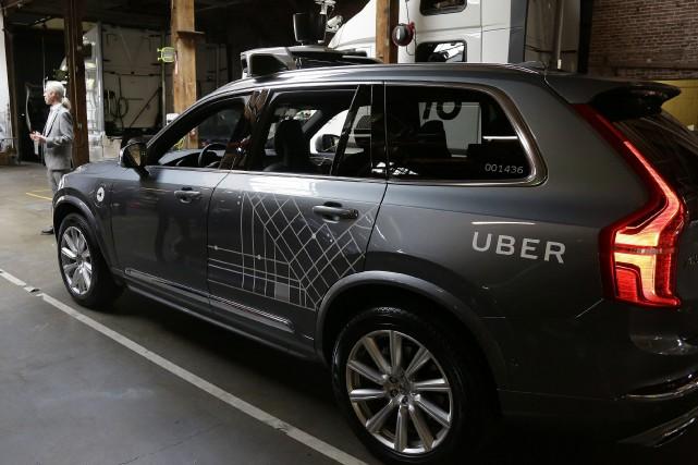 Lors de la première journée d'opération des voitures autonomes d'Uber à San... (Photo Eric Risberg, archives Associated Press)