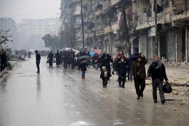 Le siège d'Alep s'achève mais l'analyse de la tragédie syrienne ne fait que... (AFP)