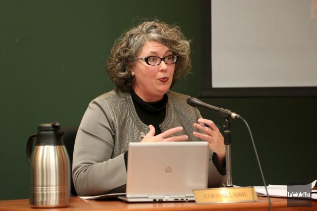 La conseillère Corinne Labbé estime que la Ville... (Julie Catudal, archives La Voix de l'Est)
