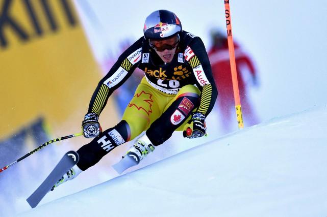 Erik Guay s'est hissé au 3e rang du... (Alberto Pizzoli, AFP)
