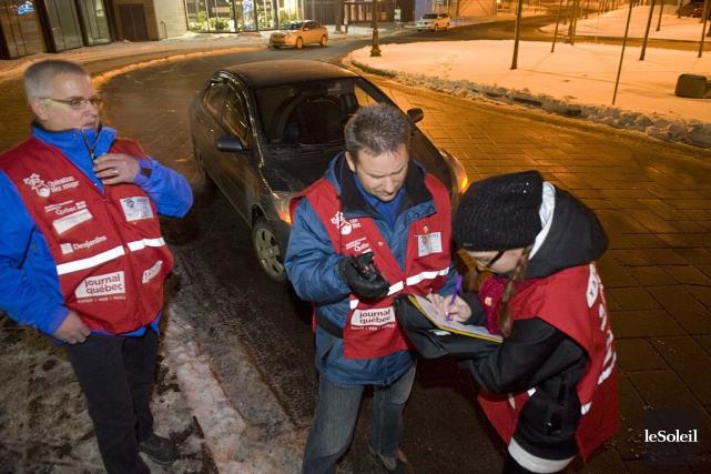 Des bénévoles d'Opération Nez rouge, à Québec.... (Photothèque Le Soleil)