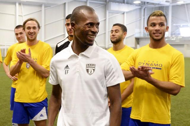 L'entraîneur-chef Edmond Foyé et le Dynamo ont tenu,... (Le Soleil, Jean-Marie Villeneuve)