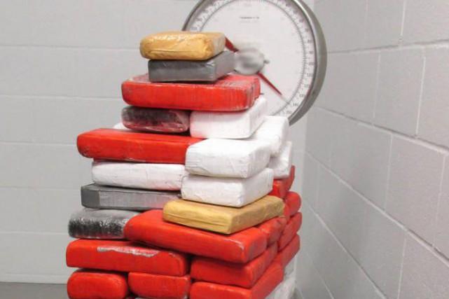Au moment de la saisie, le kilo de... (photo fournie par l'Agence des services frontaliers du canada)