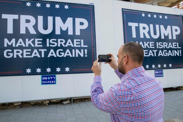 Selon un sondage, 55% des Israéliens juifs estiment... (PHOTO AFP)