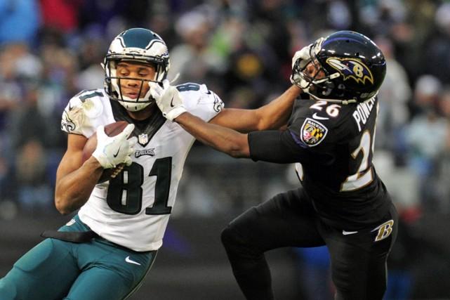 Les Ravens de Baltimore ont résisté à une tentative de remontée des Eagles de... (PHOTO REUTERS)