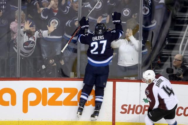 Nikolaj Ehlers a touché la cible à deux reprises et les Jets de Winnipeg ont... (PHOTO PC)