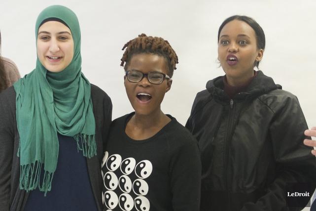 Fatima Zeitoun, Tania Ornela-Iracounda et Fatouma Oumar ont... (Martin Roy, Le Droit)