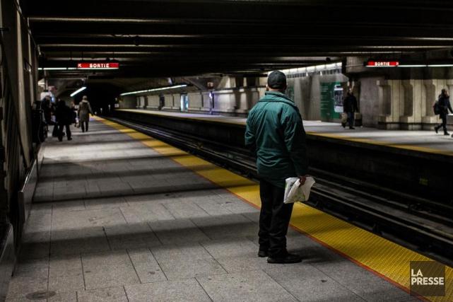 Une demi-douzaine d'interruptions de service du métro sontsurvenues... (PHOTO OLIVIER PONTBRIAND, ARCHIVES LA PRESSE)