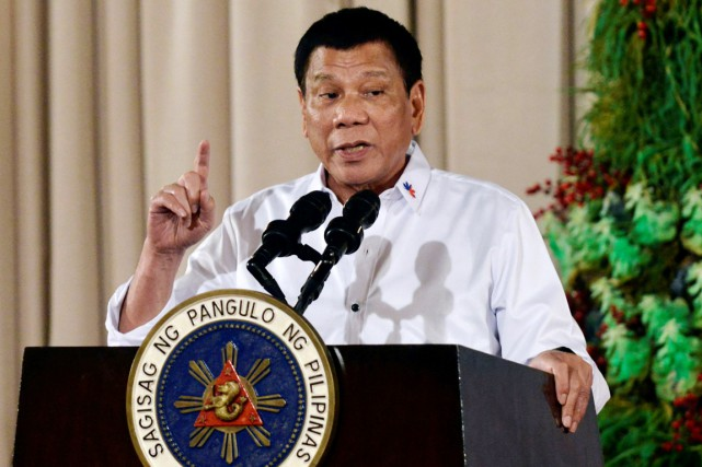 Le président Rodrigo Duterte est la cible de... (photo Ezra Acayan, archives REUTERS)