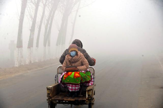 La pollution est bien présente à Liaocheng, en... (PHOTO REUTERS/STRINGER)