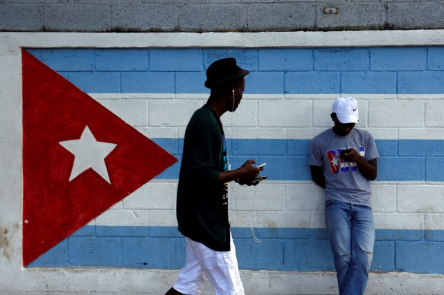 Sur 1000 habitants, seuls 348 ont eu accès... (PHOTO ARCHIVES REUTERS/STRINGER)