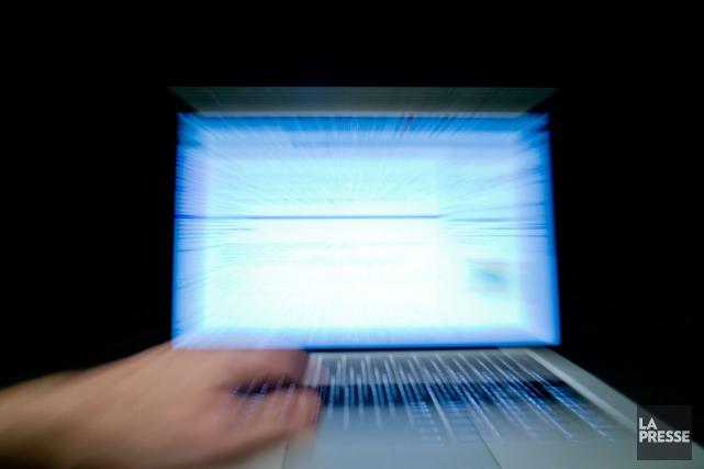 Les cibles de cette cyberactivité malveillante seraient principalement... (Photo Archives La Presse)
