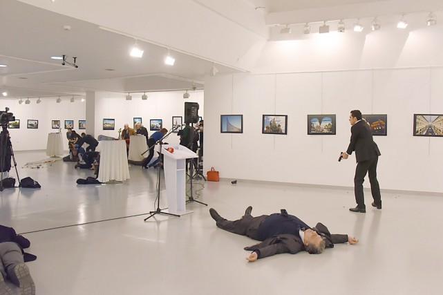 L'homme qui a ouvert le feu sur le... (PHOTO AFP)
