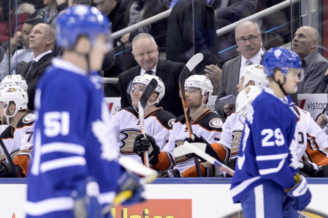 Le retour de Randy Carlyle à Toronto s'est conclu par une victoire de ses Ducks... (PHOTO PC)