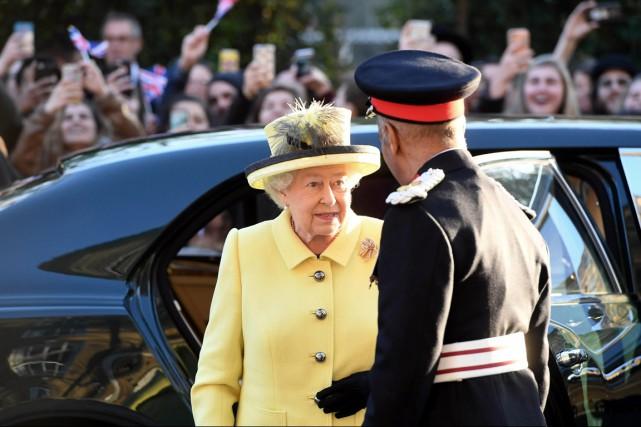 En 2014, ÉlisabethII avait assuré 393 engagements officiels... (photo Stuart C. Wilson, archives REUTERS)