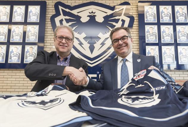 Le président de Hockey Sherbrooke, Jean Des Rosiers,... (Spectre Média, Frédéric Côté)