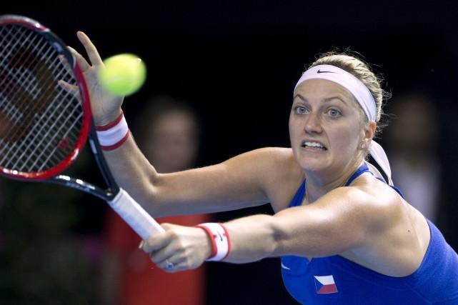 PetraKvitova a étésérieusement blessée à la main par... (Photo Jean-Francois Badias, archives AP)
