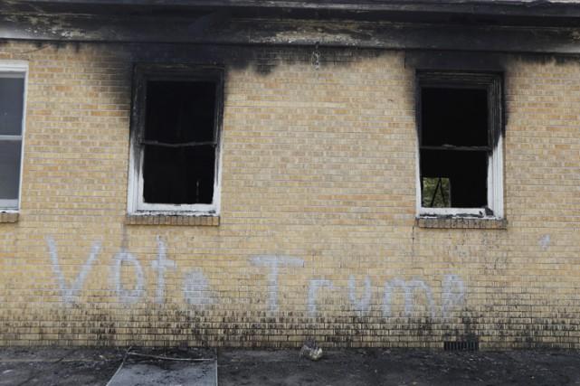 L'église baptiste missionnaire Hopewell a été incendiée et... (AP)