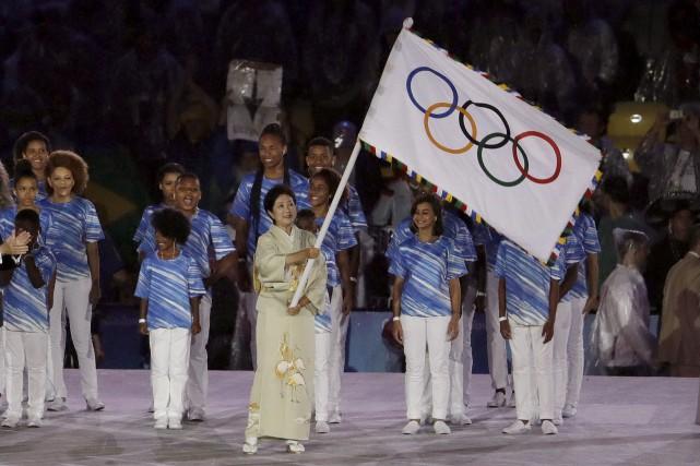Yuriko Koike, la gouverneure de Tokyo, avait revêtu... (Archives AP)