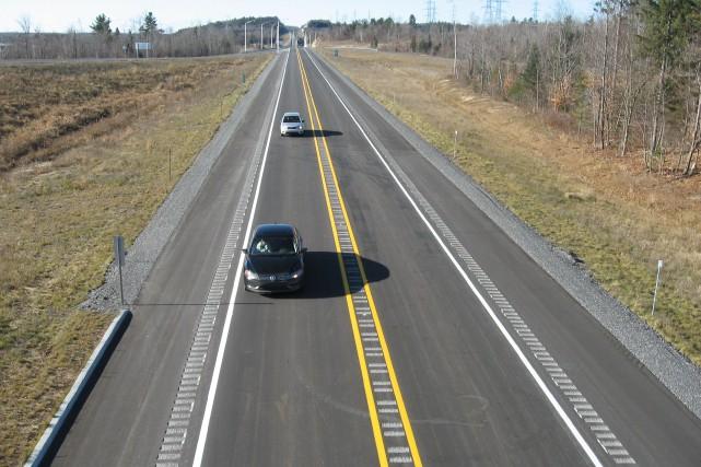 À la vitesse où avancent les dossiers routiers... (Archives, Le Droit)