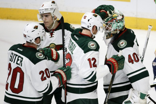 Mené par son gardien Devan Dubnyk, le Wild... (Photo Mark Humphrey, AP)