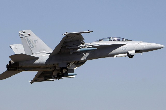Un F-18 Super Hornet... (PHOTO Aijaz Rahi, ARCHIVES LA PRESSE CANADIENNE)